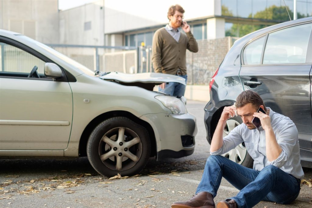 Contacting a Car Accident Lawyer